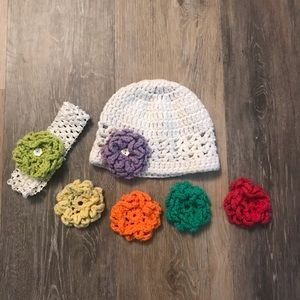 Crochet baby hat and headband with flowers